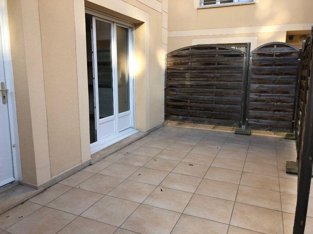 Appartement à louer 2 38.51m2 à Orsay vignette-3