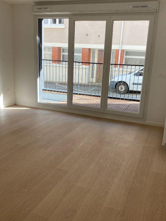 Appartement à louer 3 59.4m2 à Orsay vignette-2