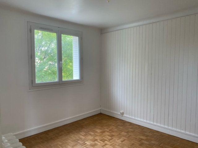 Appartement à louer 3 56.25m2 à Clamart vignette-5
