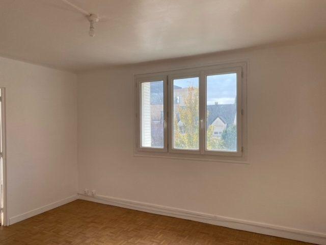 Appartement à louer 3 56.25m2 à Clamart vignette-6