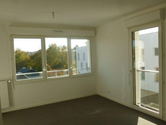 Appartement à louer 2 43m2 à Les Ulis vignette-2