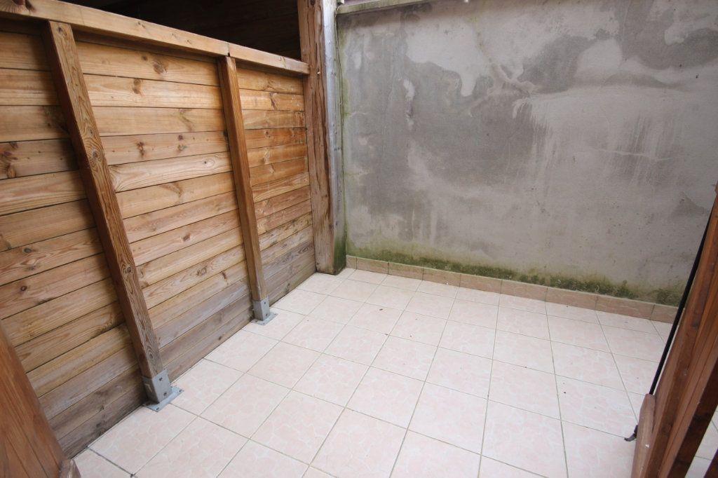 Appartement à louer 2 34m2 à Salies-de-Béarn vignette-3
