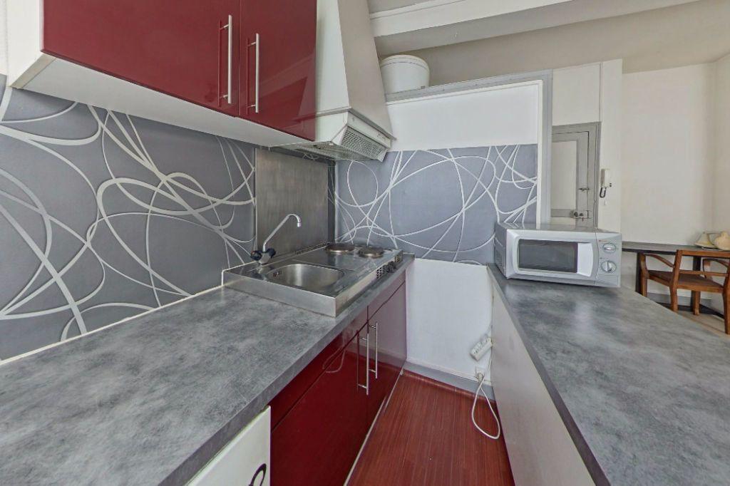 Appartement à louer 1 25m2 à Orthez vignette-2