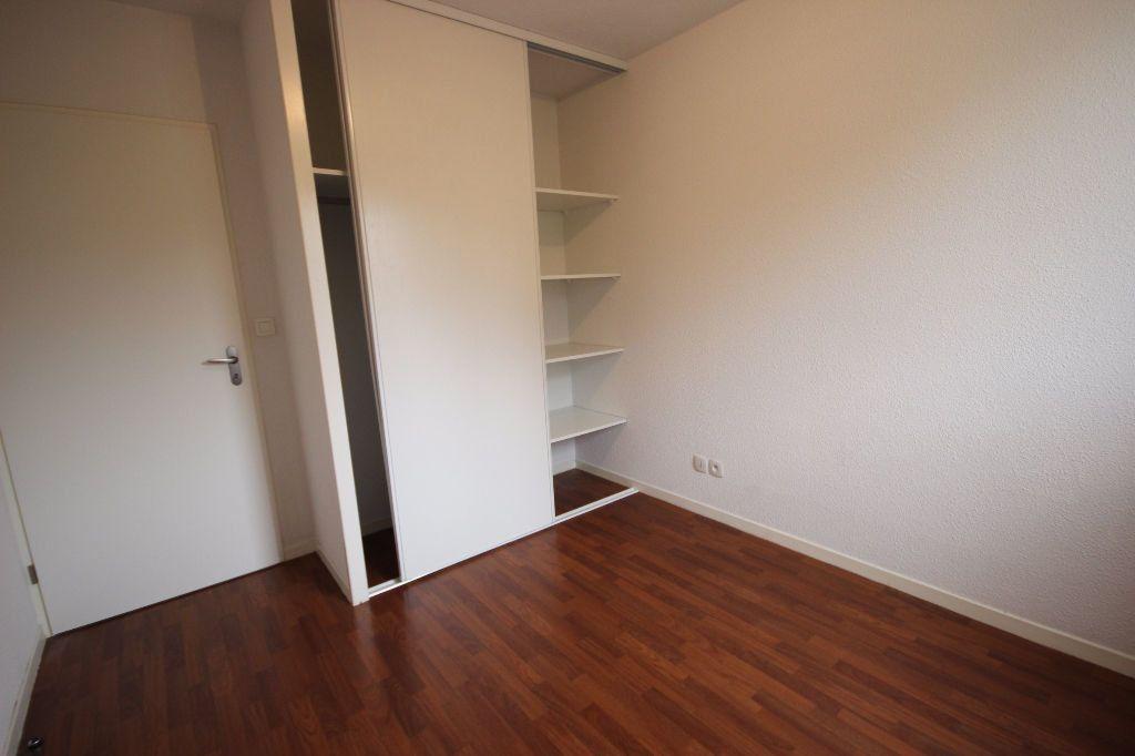 Appartement à louer 2 38m2 à Orthez vignette-5