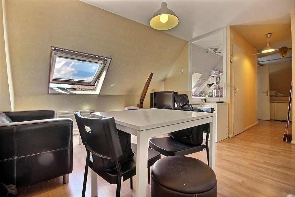 Appartement à louer 1 26.04m2 à Orthez vignette-1