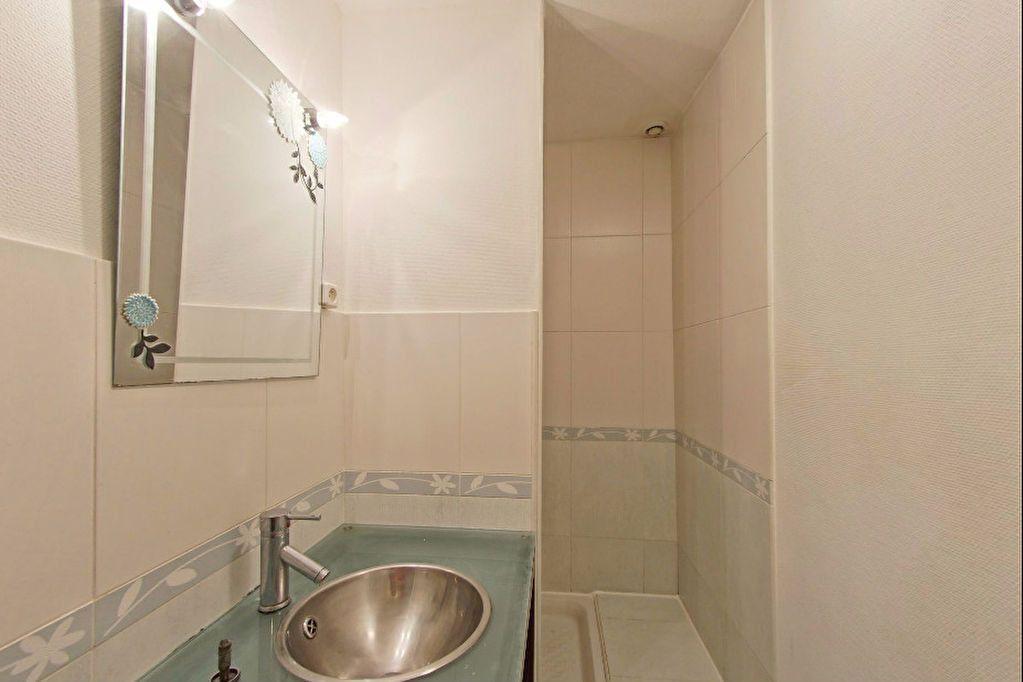 Appartement à louer 2 59m2 à Arthez-de-Béarn vignette-4