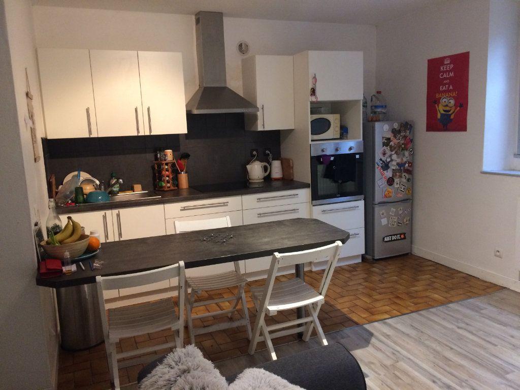 Appartement à louer 2 35m2 à Orthez vignette-1