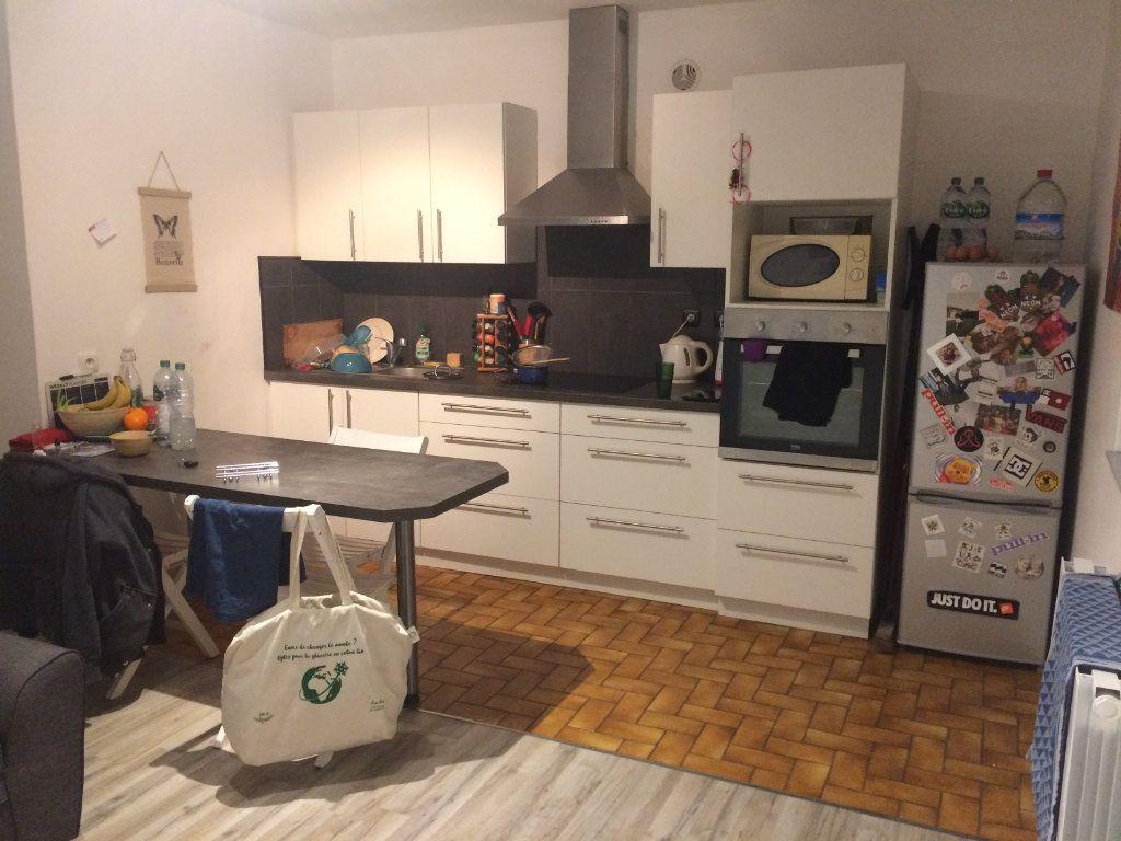 Appartement à louer 2 35m2 à Orthez vignette-2