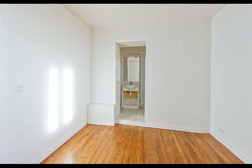 Appartement à louer 2 39m2 à Orthez vignette-2