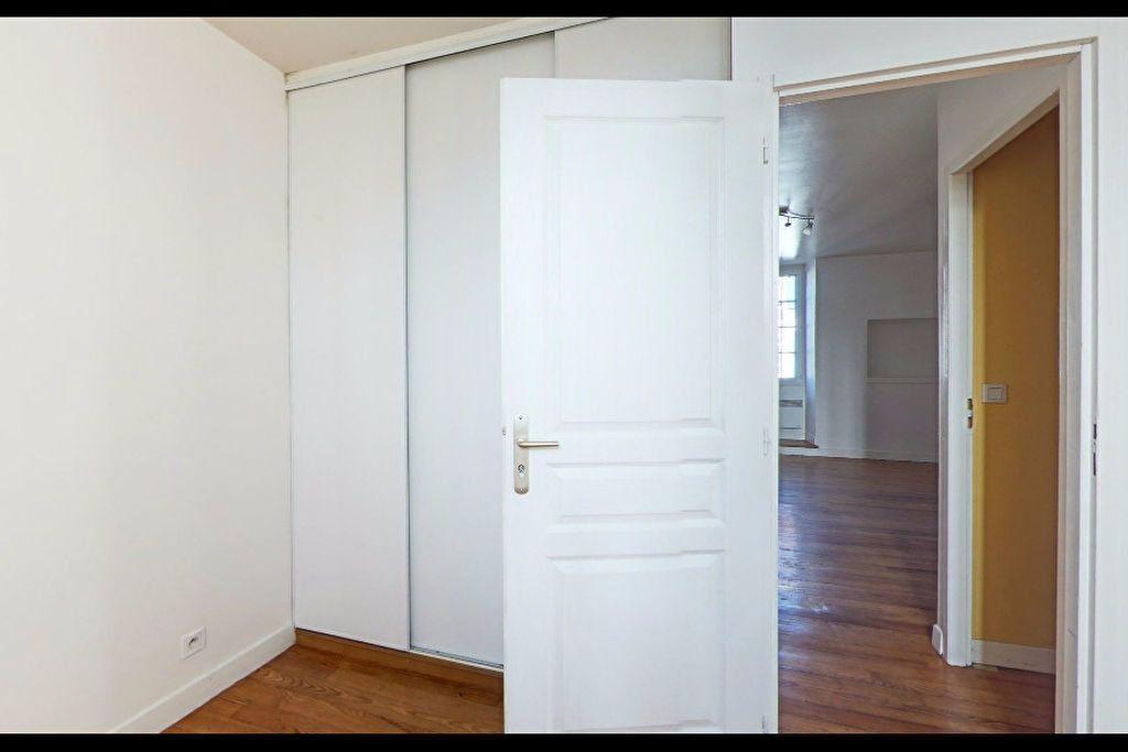 Appartement à louer 2 39m2 à Orthez vignette-3