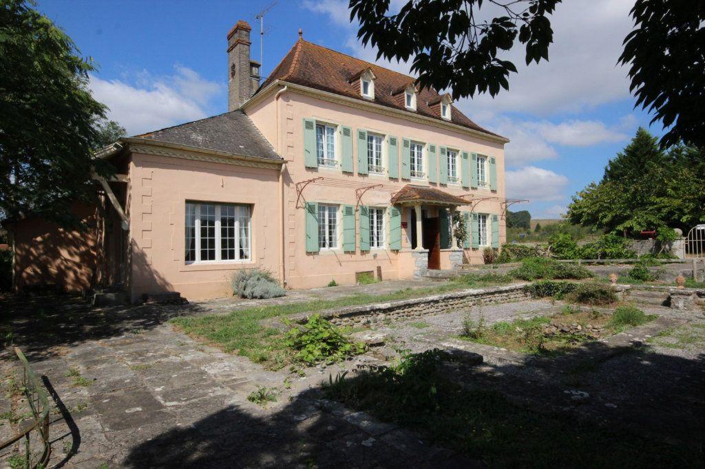 Maison à vendre 11 300m2 à Sauveterre-de-Béarn vignette-4