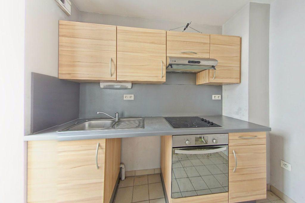 Appartement à louer 2 50m2 à Orthez vignette-1