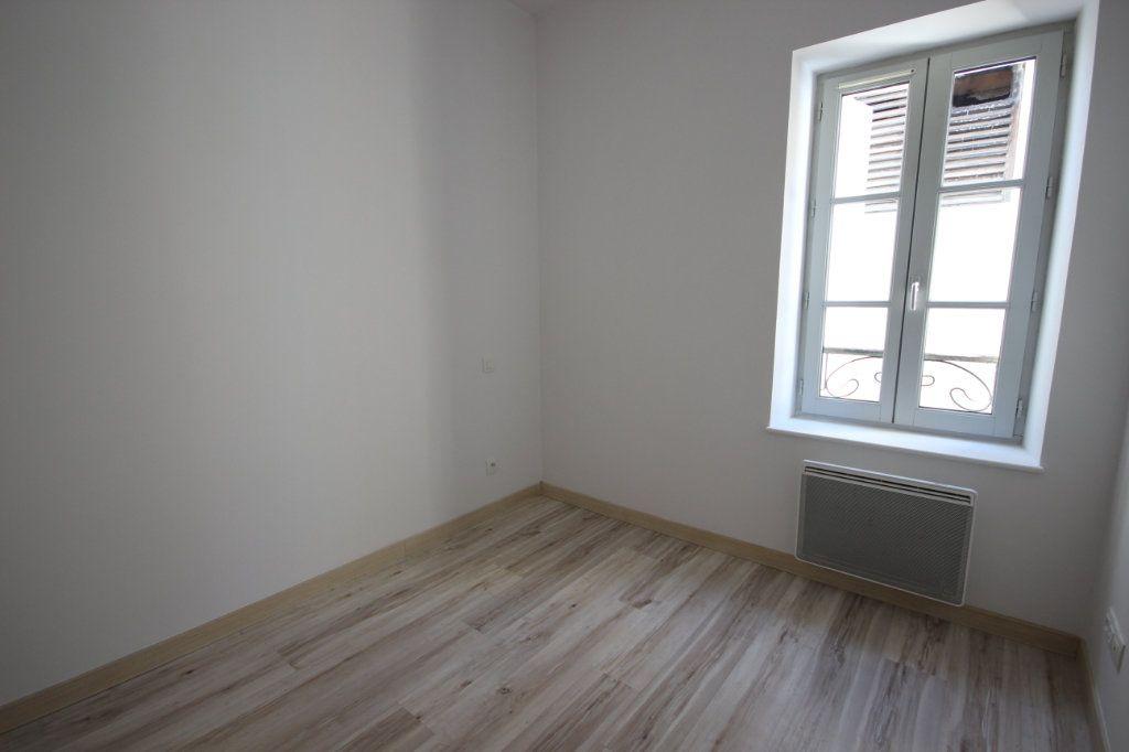 Appartement à louer 2 30m2 à Orthez vignette-2