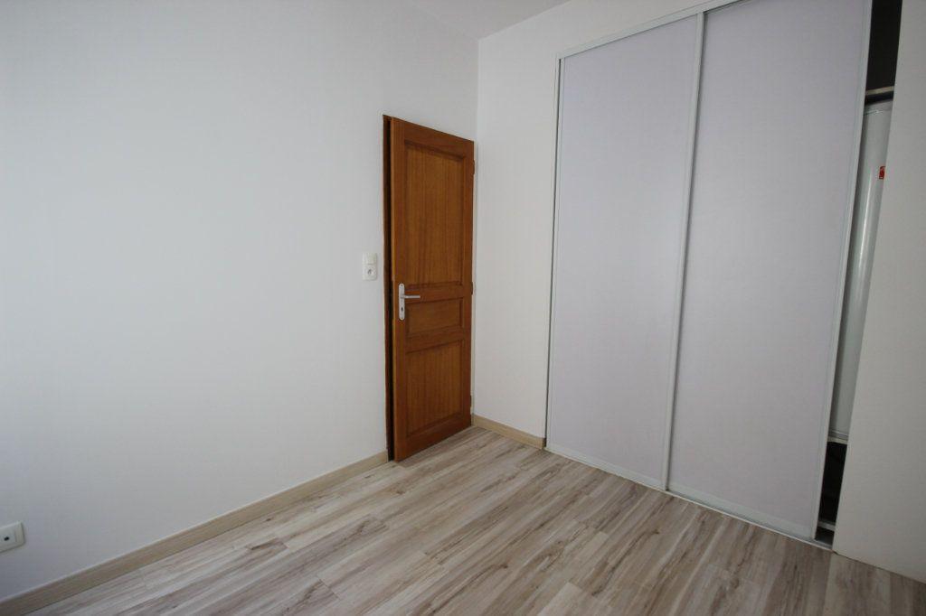 Appartement à louer 2 30m2 à Orthez vignette-3
