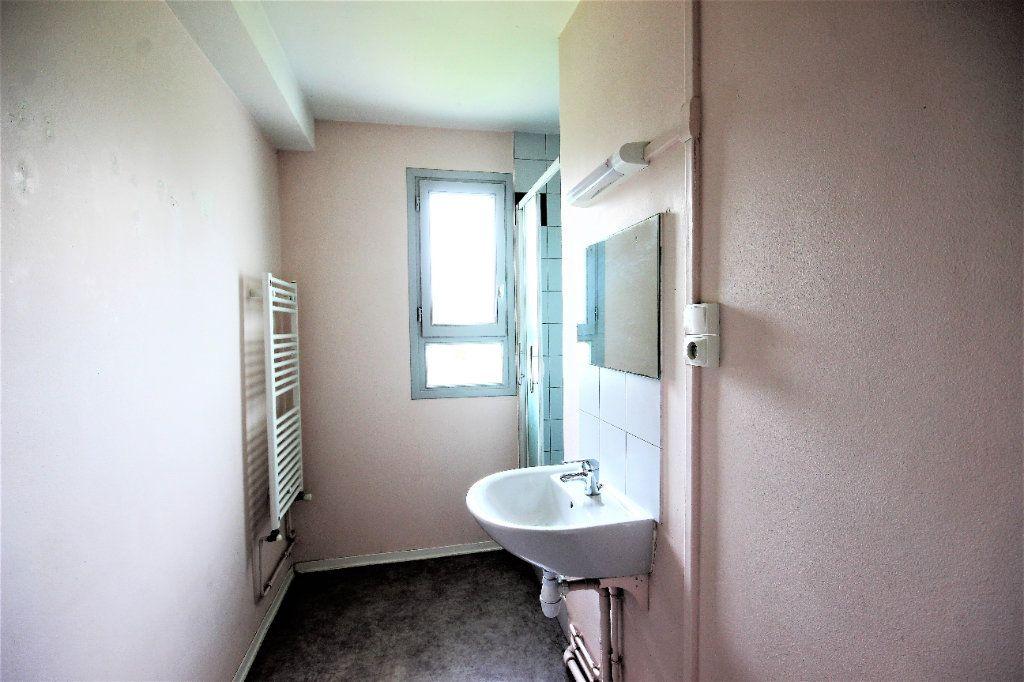 Maison à vendre 4 82m2 à Sauveterre-de-Béarn vignette-5