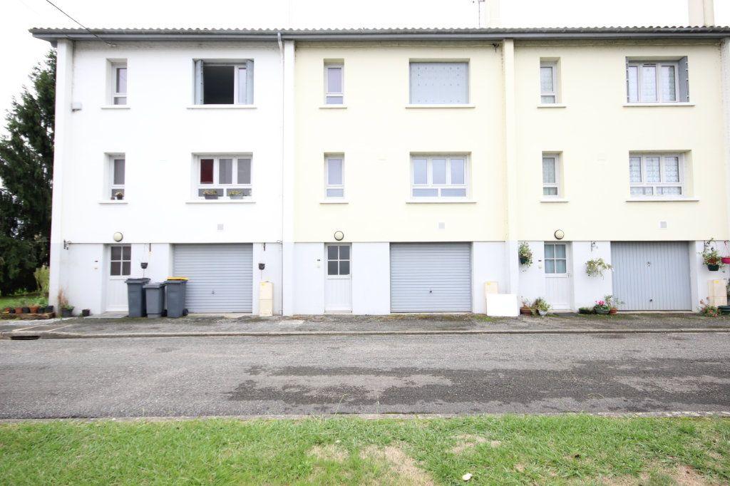 Maison à vendre 5 100m2 à Sauveterre-de-Béarn vignette-2