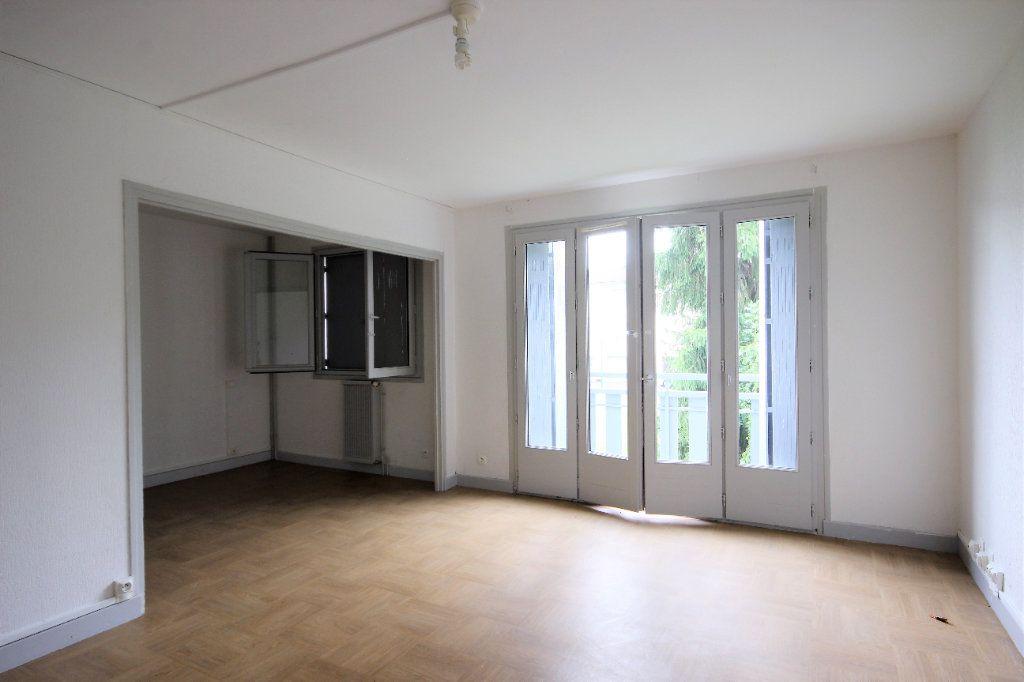 Maison à vendre 5 100m2 à Sauveterre-de-Béarn vignette-3
