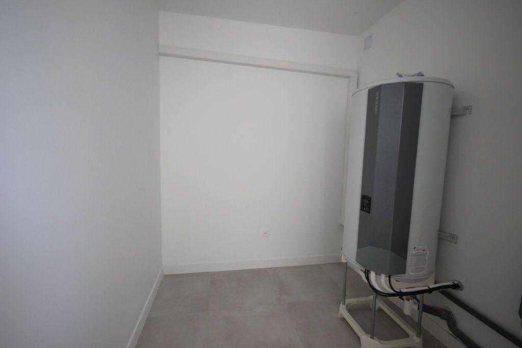 Maison à louer 4 92m2 à Bérenx vignette-6