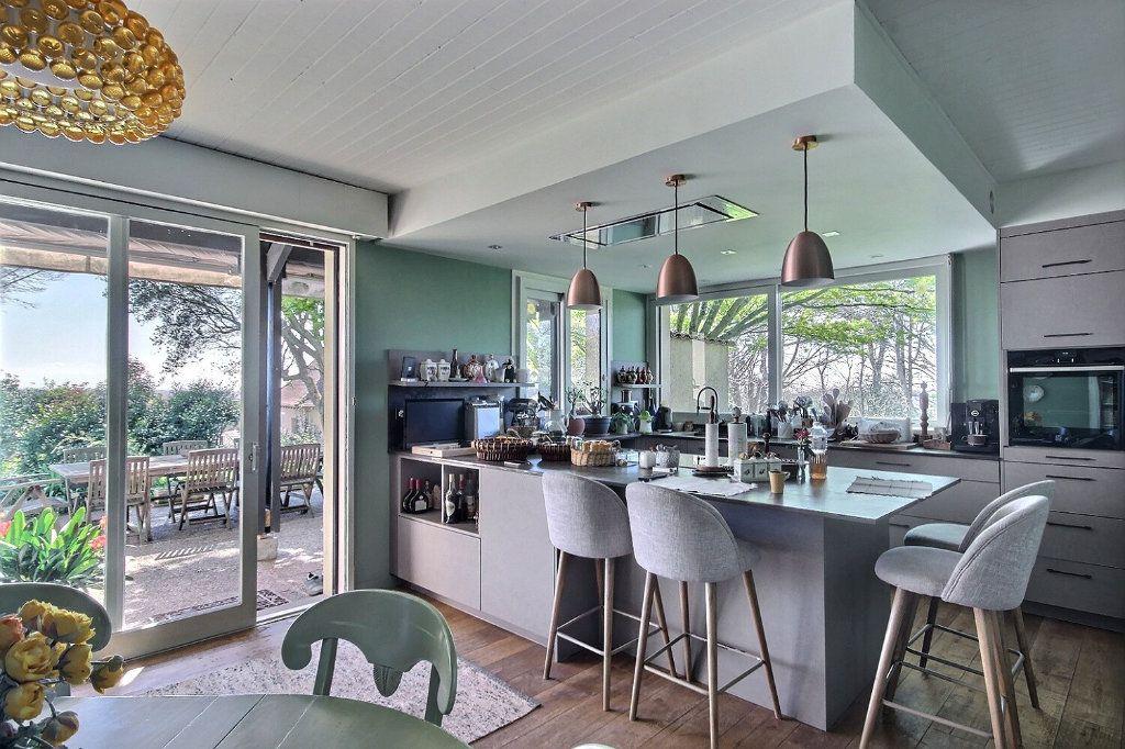 Maison à vendre 5 220m2 à Salies-de-Béarn vignette-3