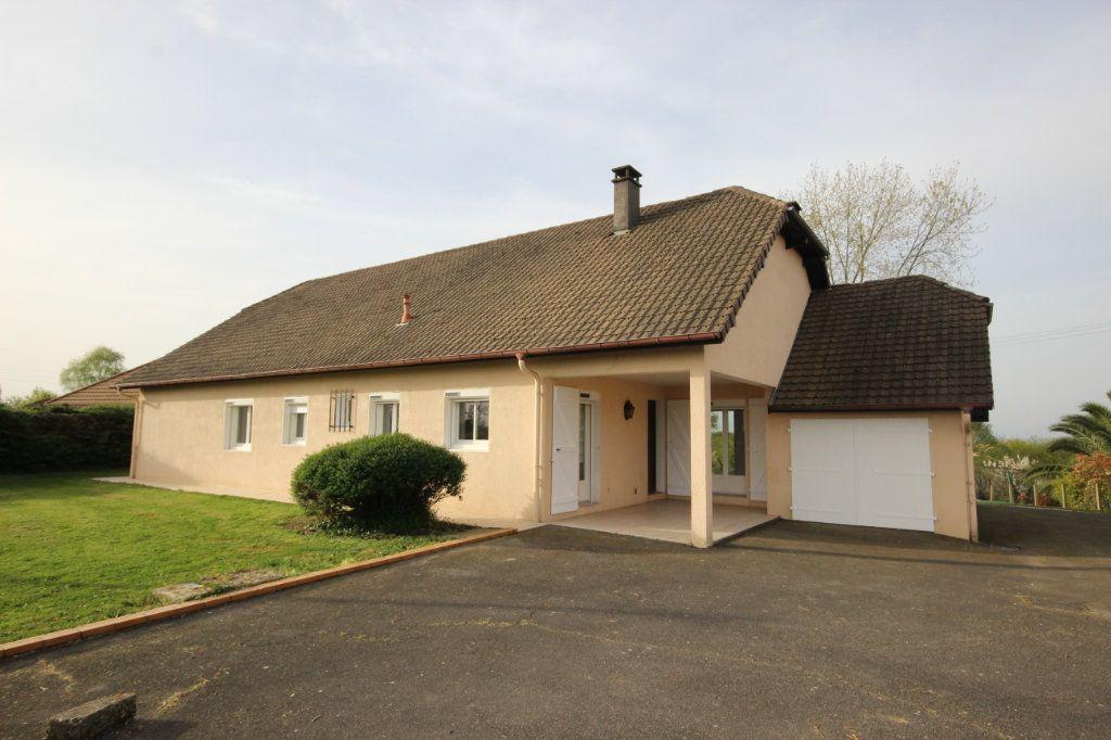 Maison à louer 5 150m2 à Arthez-de-Béarn vignette-1
