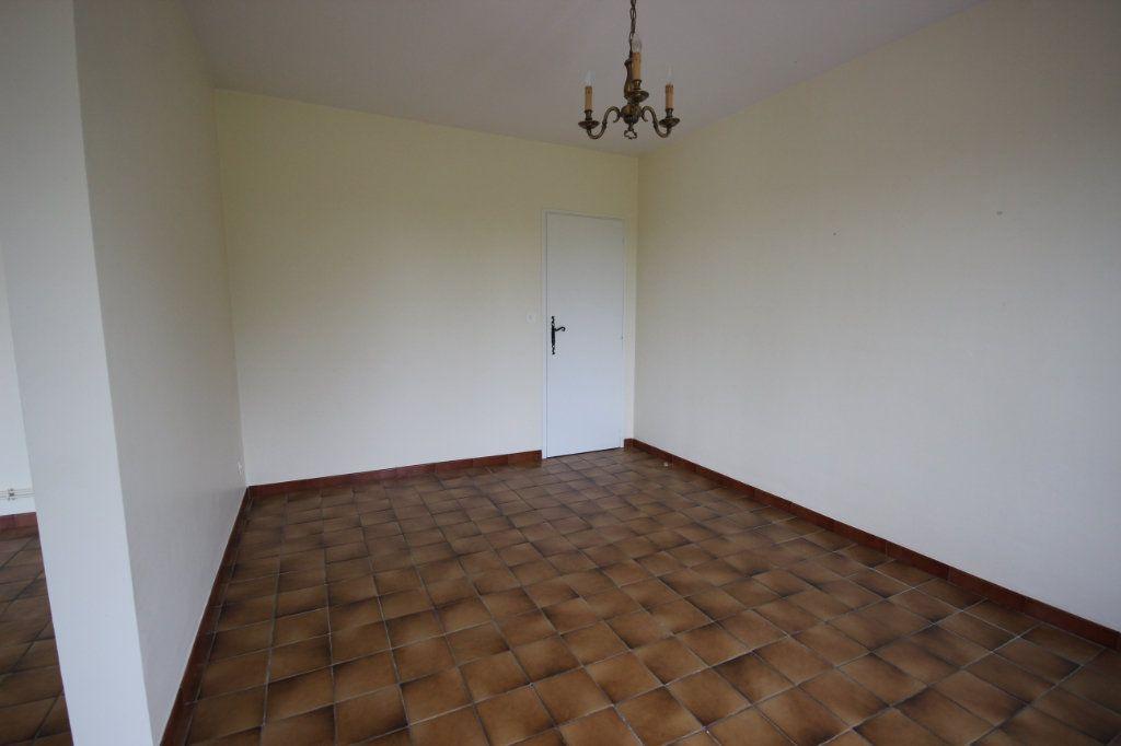 Maison à louer 5 150m2 à Arthez-de-Béarn vignette-6