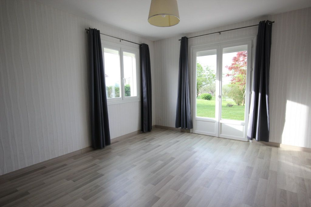 Maison à louer 5 150m2 à Arthez-de-Béarn vignette-8