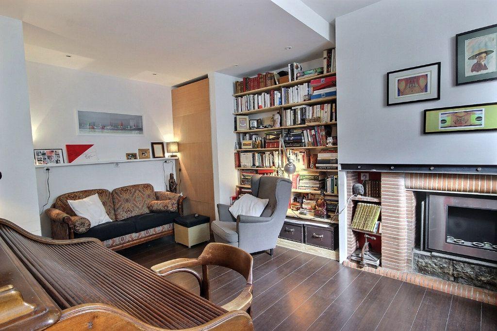Maison à vendre 7 149.14m2 à Orthez vignette-1