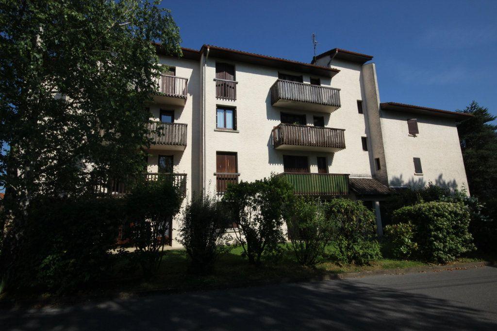 Appartement à louer 1 24m2 à Orthez vignette-5