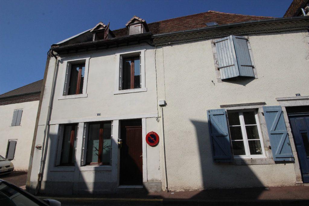 Maison à louer 4 101m2 à Orthez vignette-2
