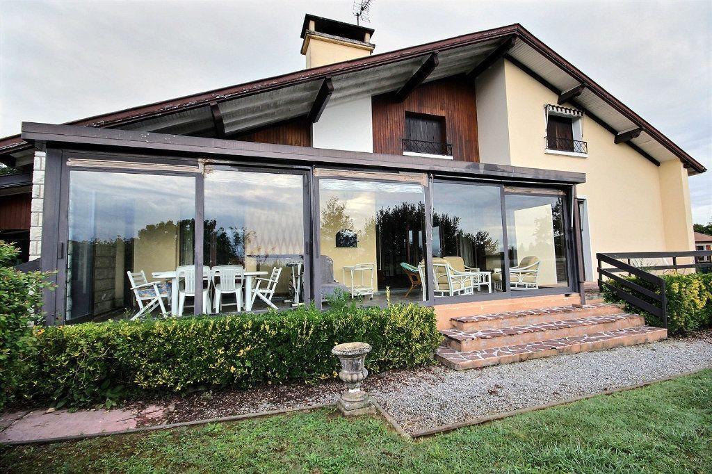 Maison à vendre 7 160m2 à Orthez vignette-1