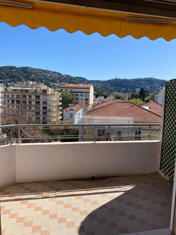 Appartement à vendre 3 67m2 à Cannes vignette-4