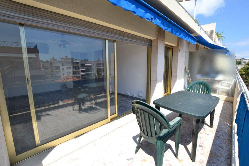 Appartement à vendre 1 38.53m2 à Juan-les-Pins - Antibes vignette-1