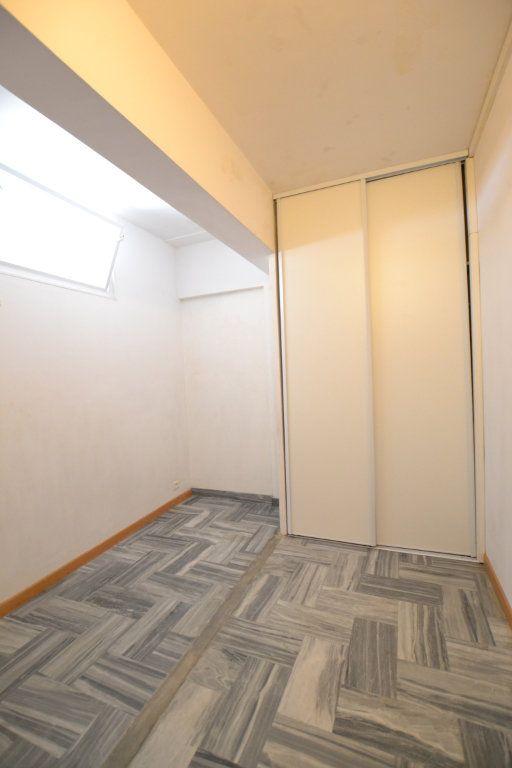 Appartement à vendre 1 38.53m2 à Juan-les-Pins - Antibes vignette-5