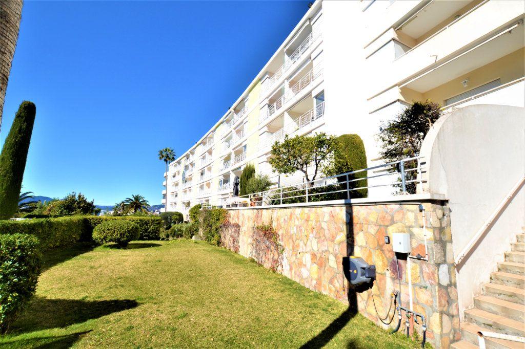 Appartement à vendre 1 28m2 à Cannes vignette-8