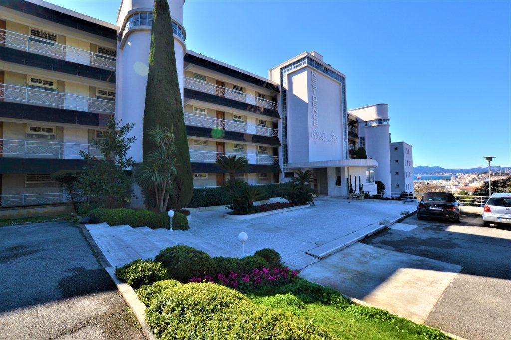 Appartement à vendre 1 28m2 à Cannes vignette-9