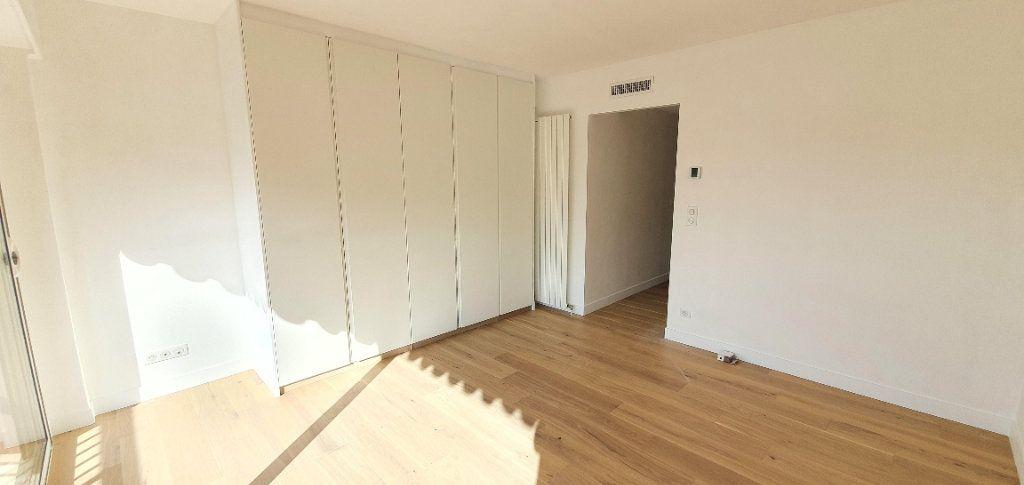 Appartement à vendre 3 81m2 à Cannes vignette-5