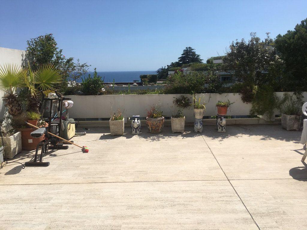 Appartement à vendre 3 79m2 à Cannes vignette-1