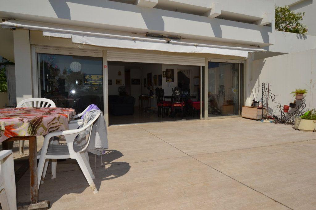 Appartement à vendre 3 79m2 à Cannes vignette-2