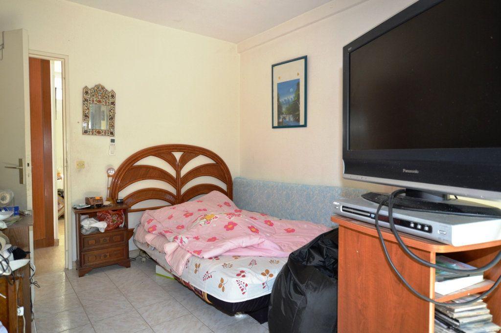 Appartement à vendre 3 79m2 à Cannes vignette-10
