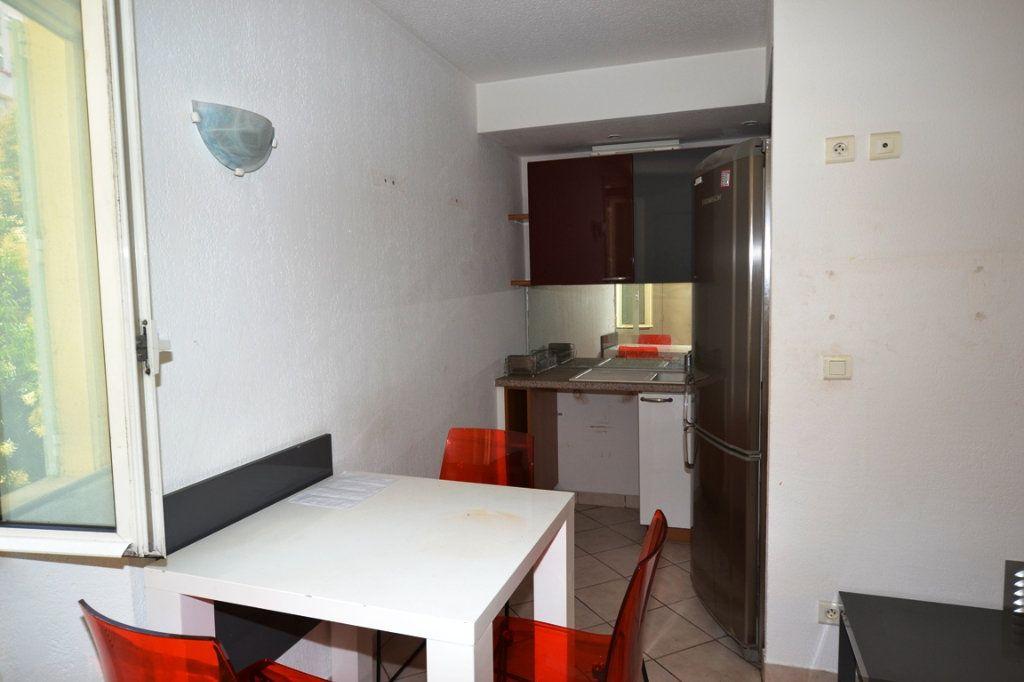 Appartement à vendre 2 30m2 à Cannes vignette-3