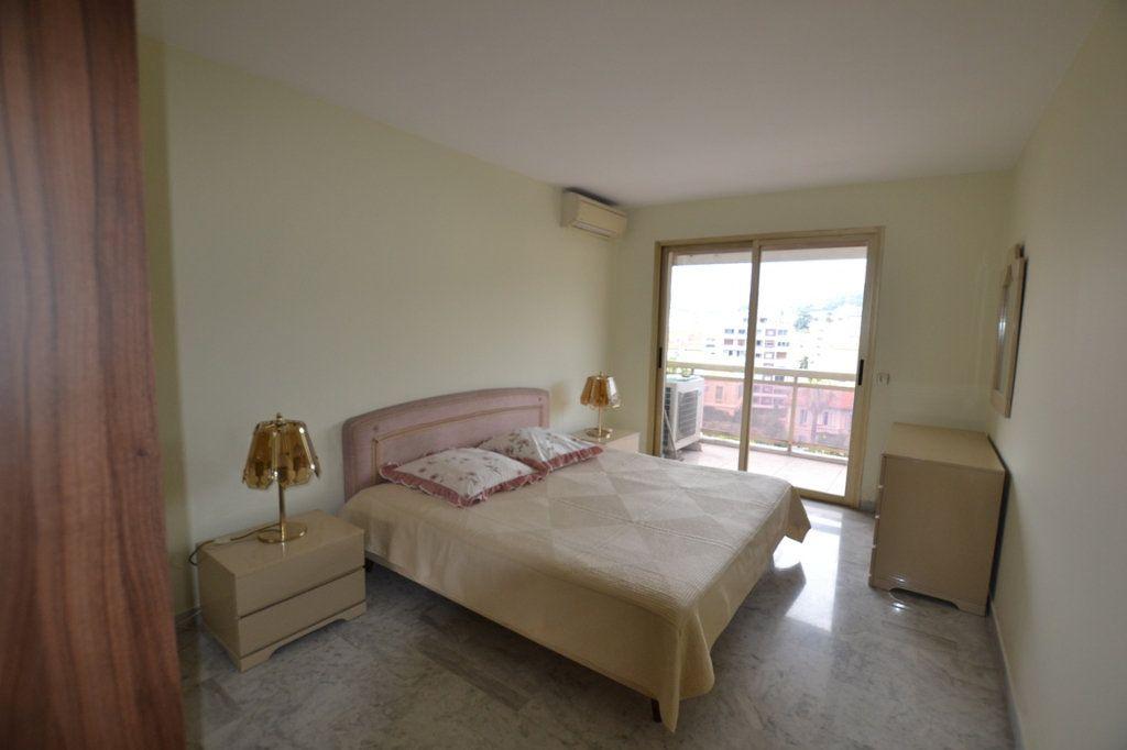 Appartement à vendre 3 80m2 à Cannes vignette-5
