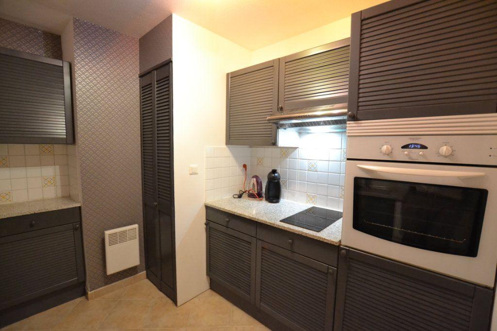 Appartement à vendre 2 52m2 à Cannes vignette-5