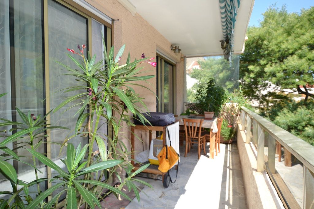 Appartement à vendre 3 60.07m2 à Cannes vignette-1