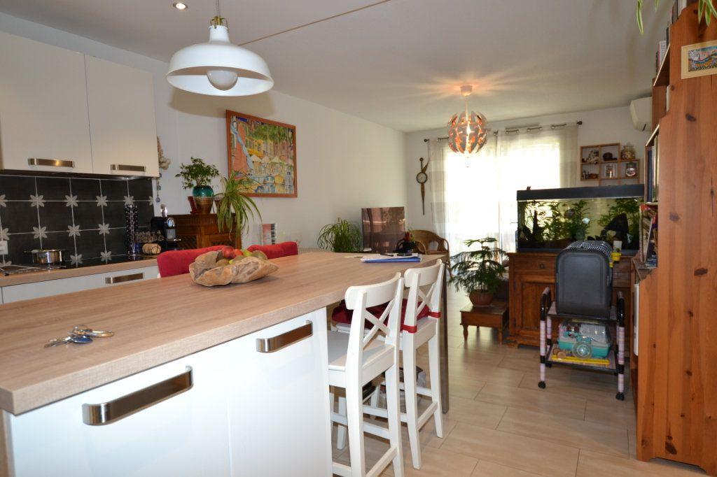 Appartement à vendre 3 60.07m2 à Cannes vignette-7