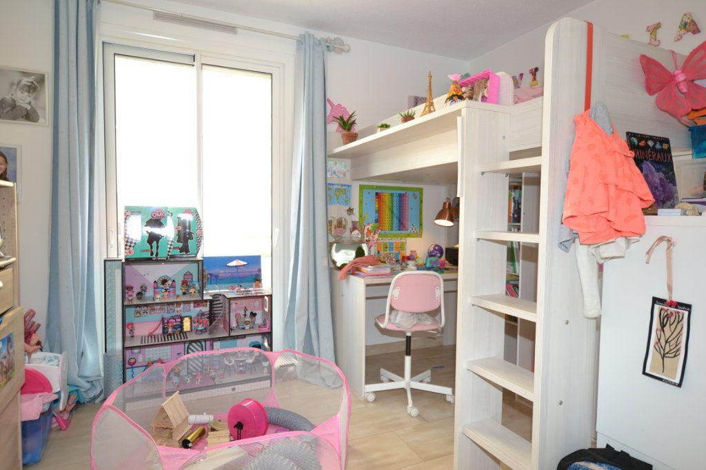 Appartement à vendre 3 60.07m2 à Cannes vignette-8