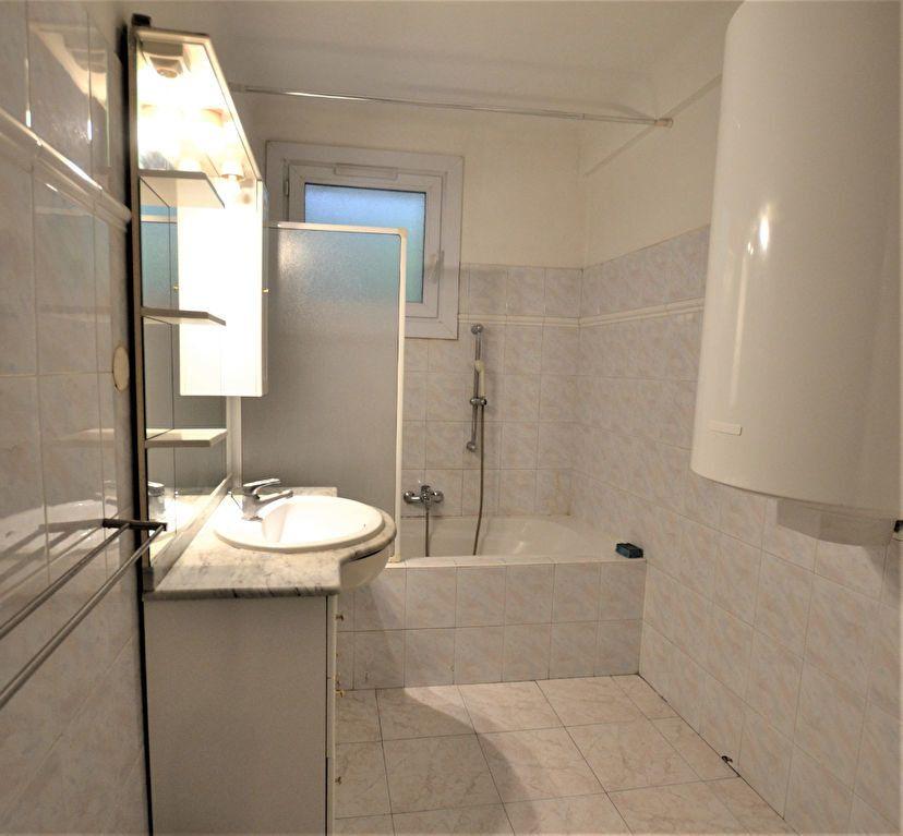 Appartement à vendre 2 47m2 à Cannes vignette-5