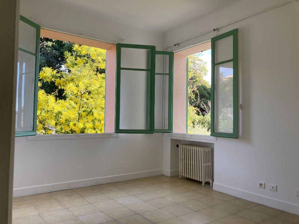 Appartement à vendre 2 53m2 à Cannes vignette-3
