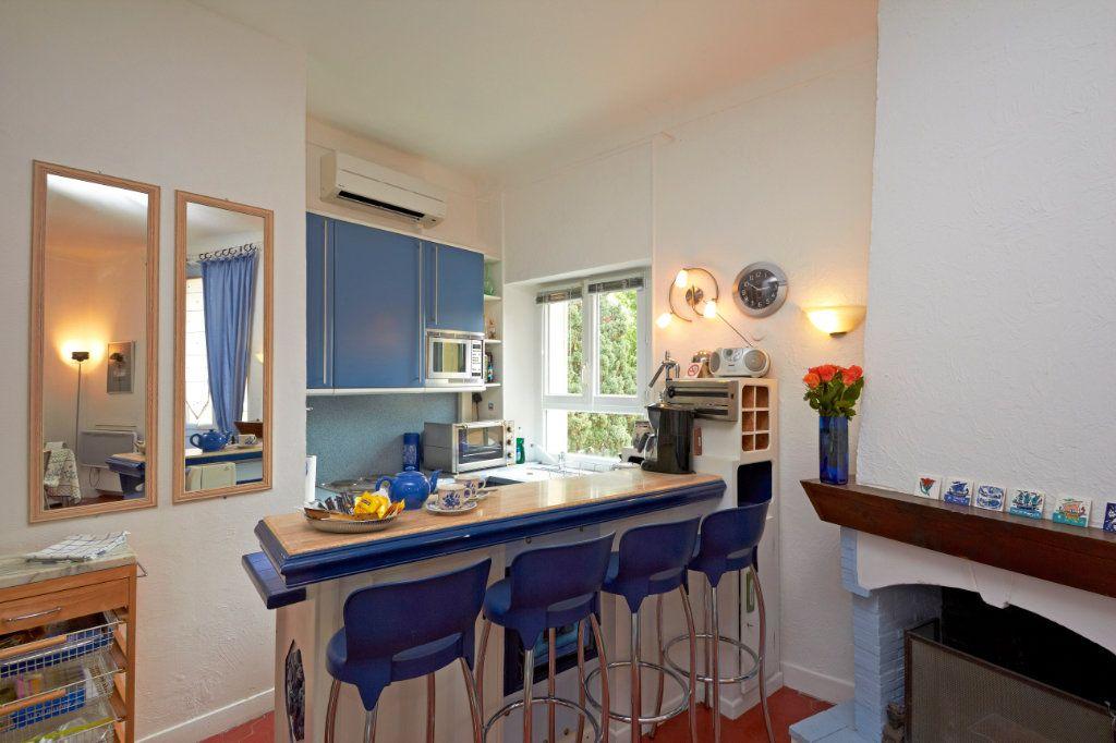 Appartement à vendre 2 35.4m2 à Cannes vignette-3