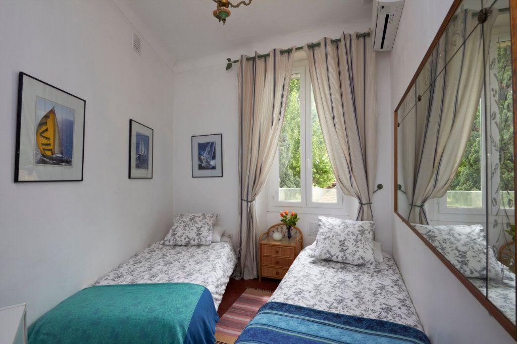 Appartement à vendre 2 35.4m2 à Cannes vignette-4