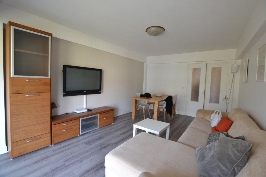 Appartement à vendre 3 70.2m2 à Cannes vignette-4
